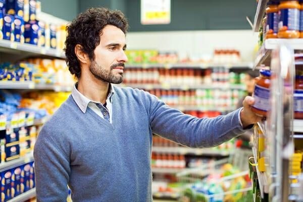 Le sostanze più pericolose del cibo dei supermercati