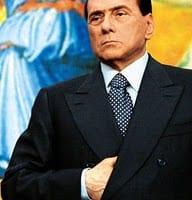 Silvio Berlusconi la posa massonica